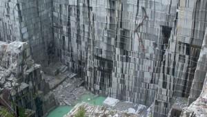 Quarrying Natural Granite